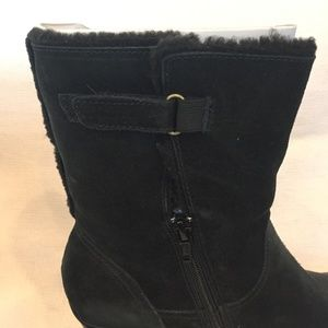 New CLARKS Black Suede Boots with Faux Lining.